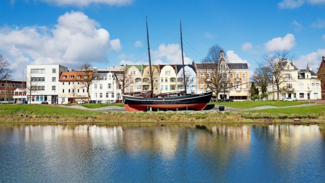 Gaffelschoner Hermine in Cuxhaven